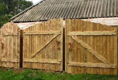 Забор деревянный под старину